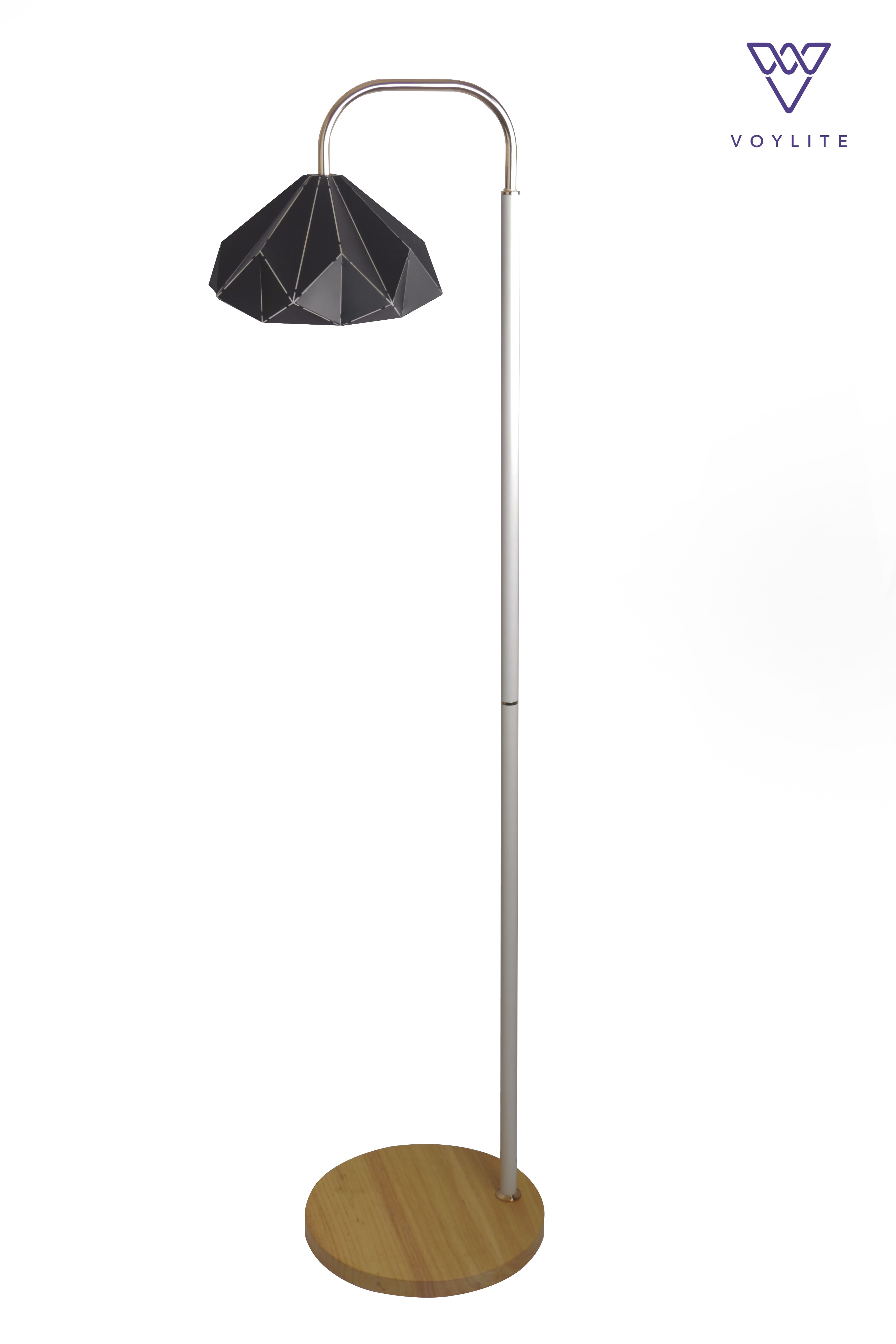 Alair Black Floor Lamp