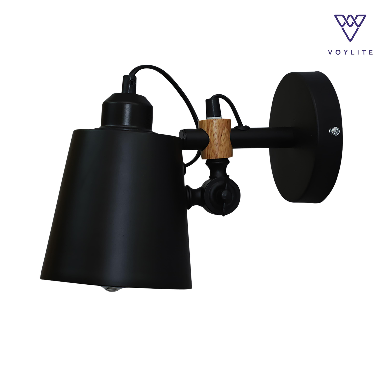 Brut Wall Lamp