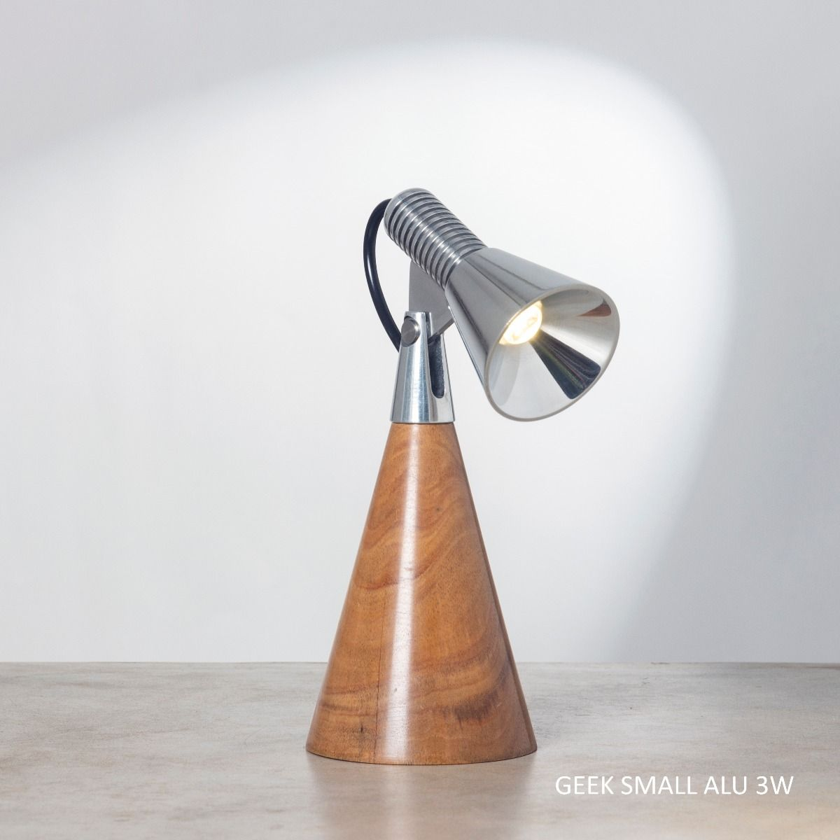 Geek S ALU 3W Table Lamp
