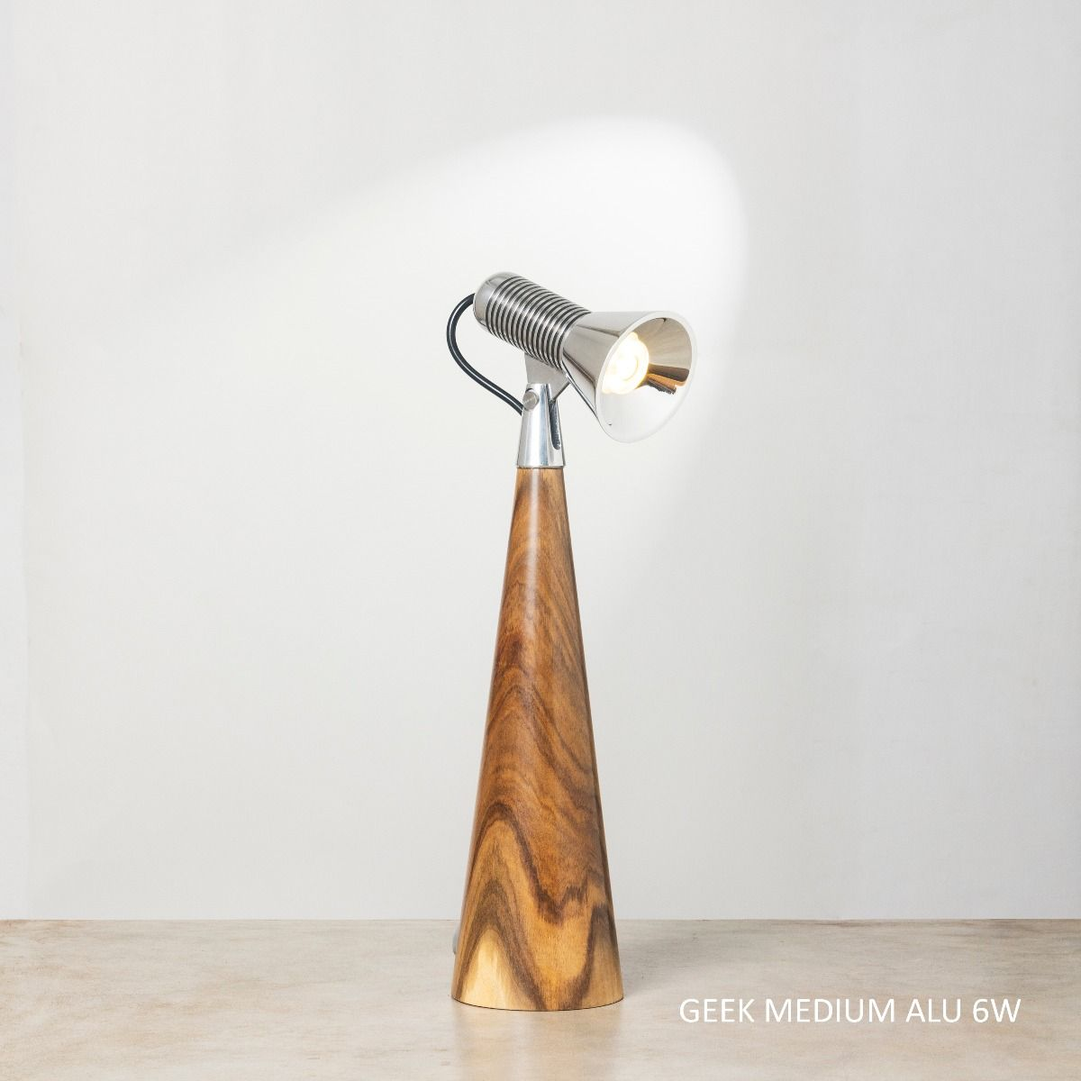 Geek M  ALU 6W Table Lamp