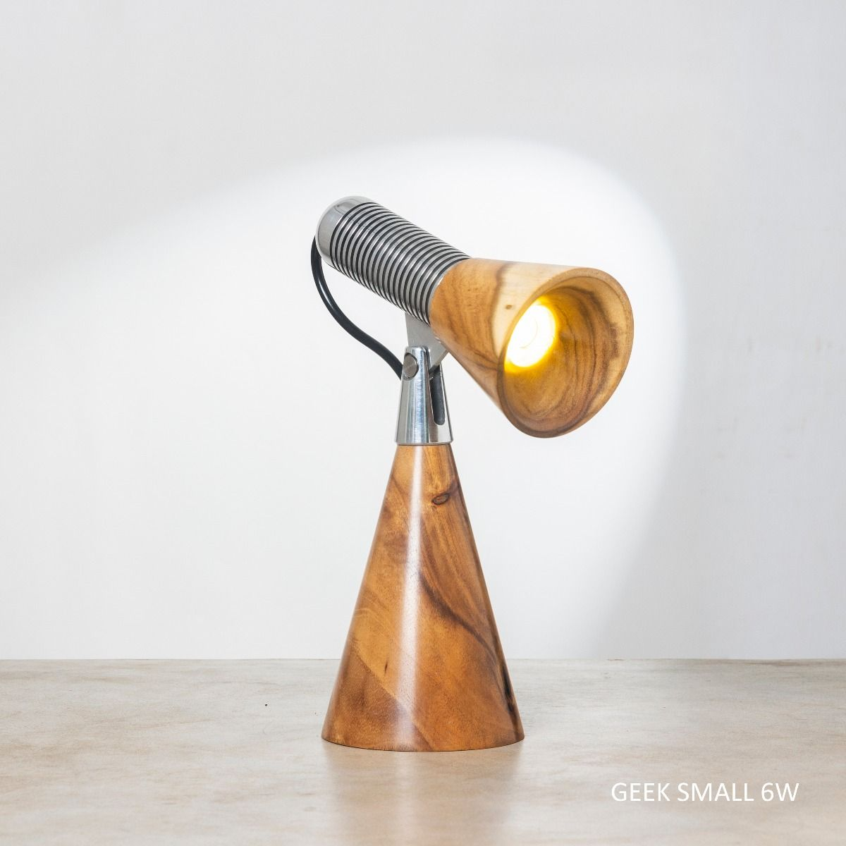 Geek S 6W Table Lamp