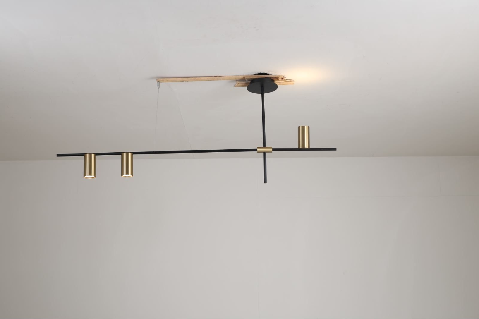 Laina Linear Suspension